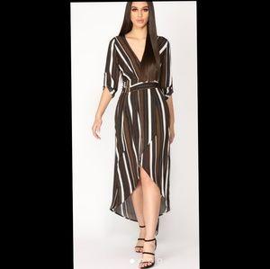 Stripped vneck dress